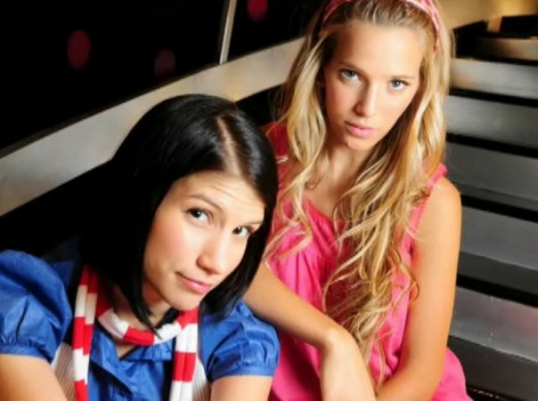 Камила Бордонаба - Луисана Лопилато: две молодые старые ...: http://rebeldeway-go.ucoz.ru/news/2009-01-11-33